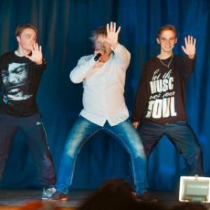 Концерт Виктора Салтыкова на сцене РКЦ города Вельска